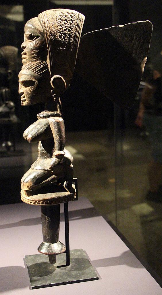 A Yoruba statue representing a celebrant of the god Ogun; Museu de Arte de São Paulo